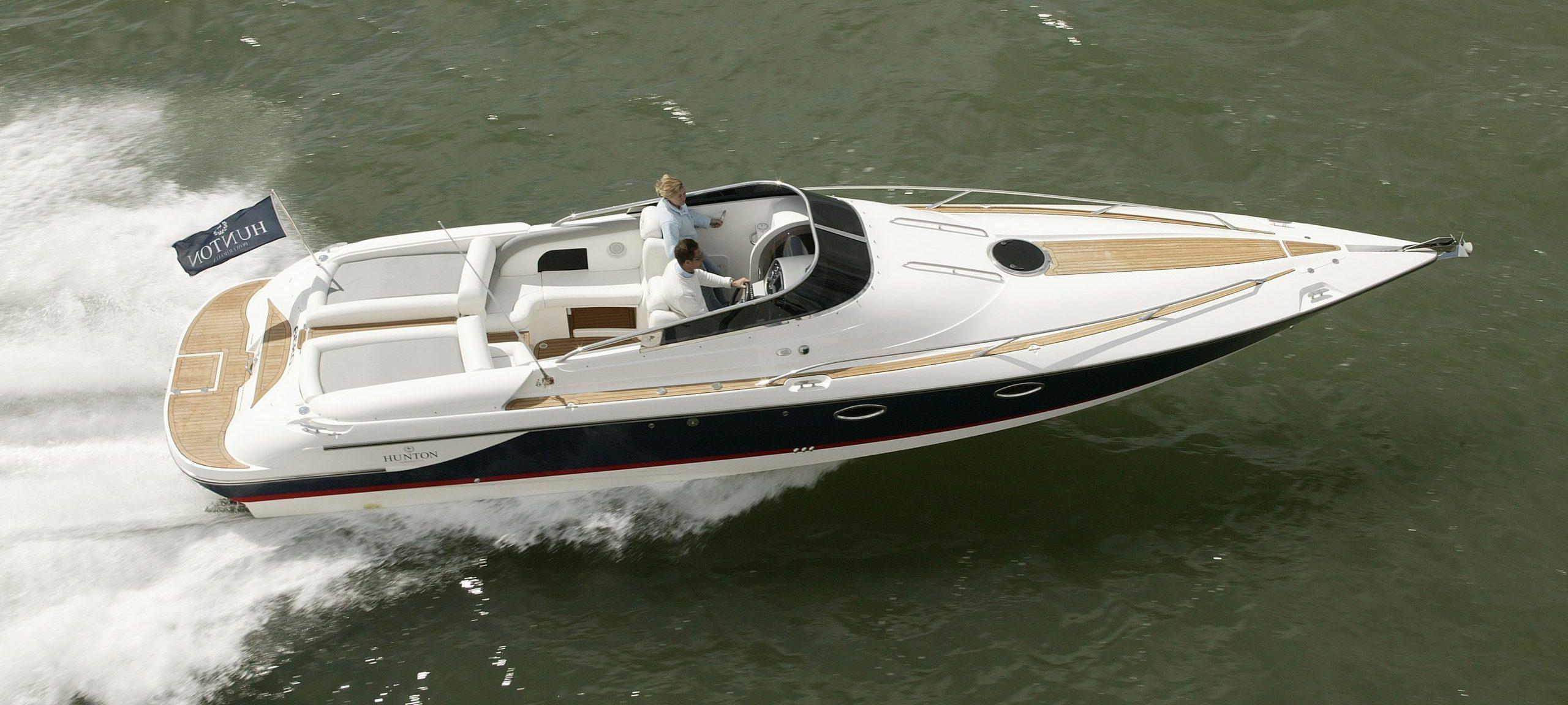 white hunton powerboat aerial view